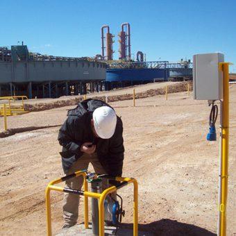 Mantenimiento preventivo en sistema de bombeo y monitoreo de pozos.